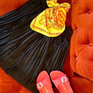 🌺Free w/Purchase🌺 Joe Fresh Accordion Skirt
